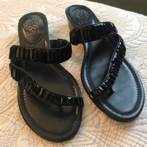 NWOT Vince Camuto Black Sandals